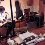 Chapter line小浦和樹、地元茅ヶ崎凱旋ライヴで桑田佳祐の名曲を熱唱&ワンマンLIVE特典発表